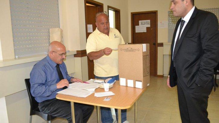 abogados votan