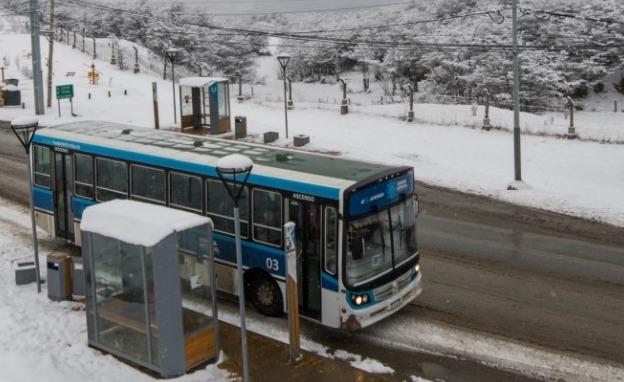 colectivos ushuaia con nieve